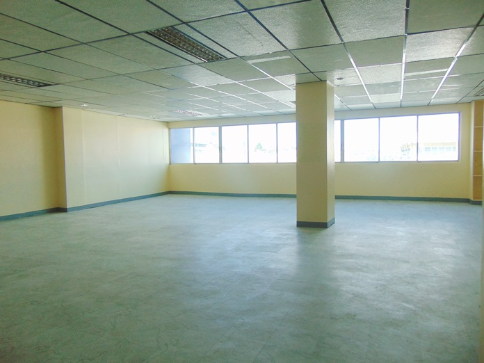 office-space-located-in-mandaue-city-cebu-140-square-meters