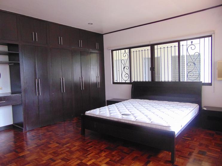 5-bedroom-furnished-house-in-banilad-cebu-city
