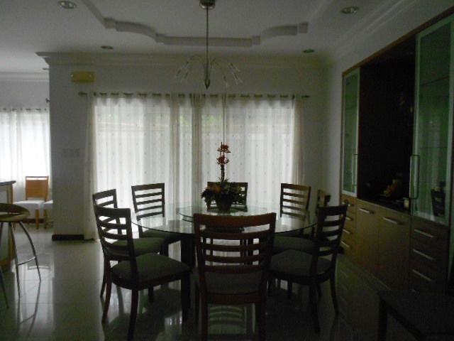 house-for-rent-in-gaudalupe-cebu-city-with-4-large-bedrooms-and-furnished