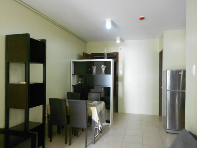 1-bedroom-condominium-for-rent-at-woodcrest-residences-guadalupe-cebu-city