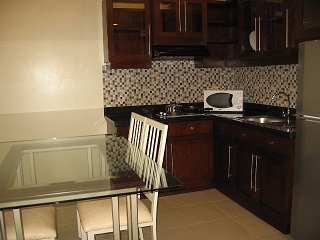 for-rent-service-apartment-in-cebu-city-near-cebu-it-park-2-bedroom-65sqm
