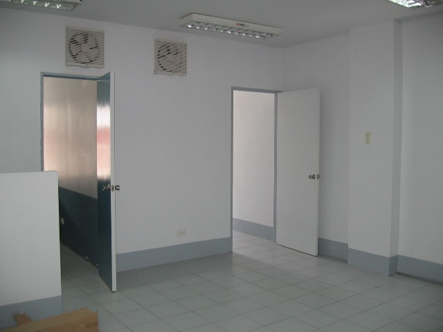 for-rent-office-space-in-lahug-cebu-city-69sqm