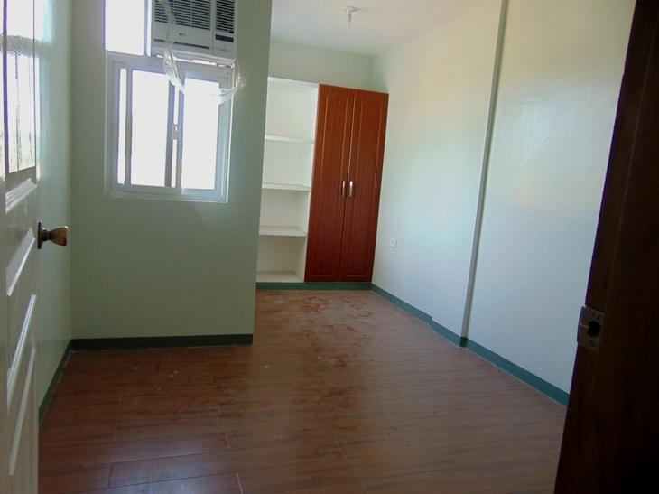 banawa-cebu-city-newly-built-townhouse-with-4-bedrooms