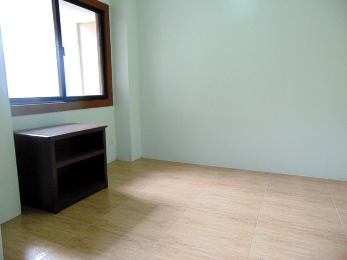 apartment-located-in-guadalupe-cebu-city-4-bedrooms