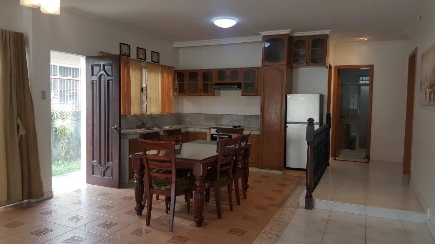 4-bedroom-semi-furnished-house-in-banilad-cebu-city