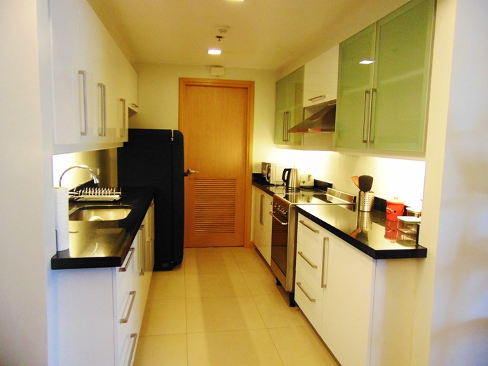 2-bedroom-furnished-condo-for-rent-at-1016-residences-cebu-city