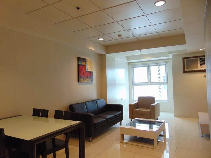 2-bedroom-apartment-fully-furnished-in-cebu-business-park-cebu-city