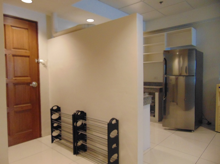 2-bedroom-apartment-fully-furnished-in-cebu-business-park-cebu-city