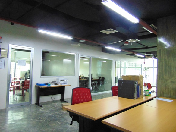 office-space-in-cebu-business-park-city-cebu-189-square-meters