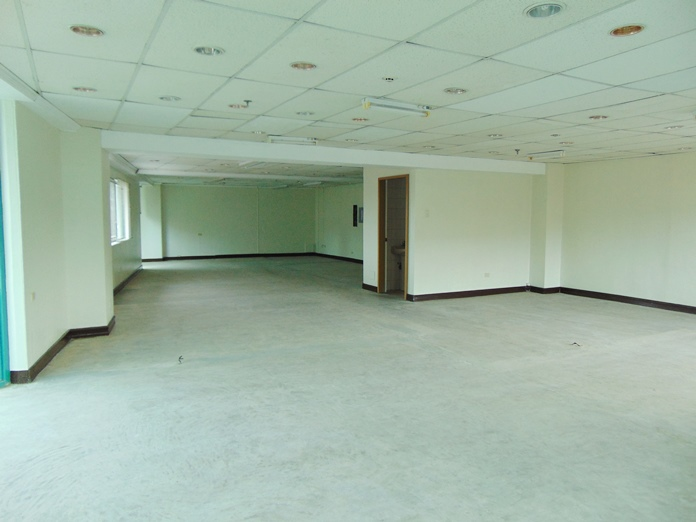 office-space-for-rent-in-banilad-cebu-city-136-square-meters