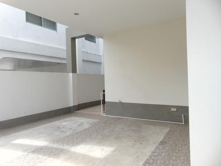 4-bedrooms-house-in-casuntingan-mandaue-city-cebu-unfurnished