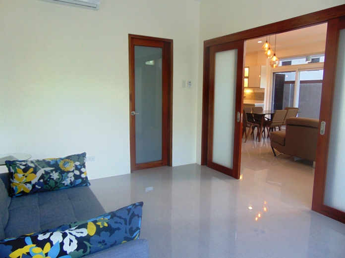 5-bedroom-house-for-sale-and-furnished-in-banilad-cebu-city