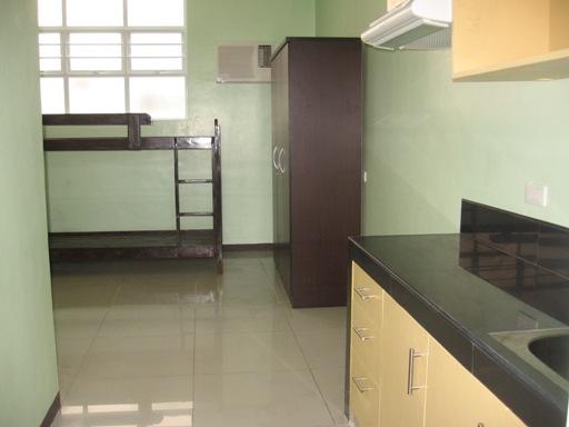 newly-finished-studio-condominium-for-rent-in-cebu-city-18-sqm-at-p10kmo