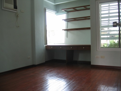 townhouse-for-rent-in-lahug-cebu-city-4-bedrooms-unfurnished