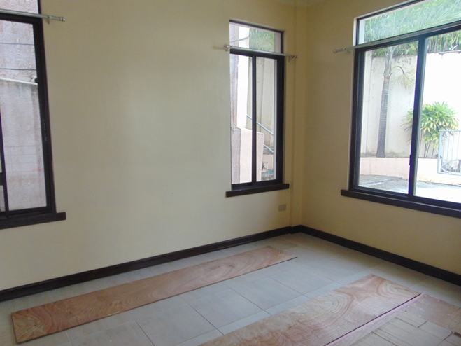 4-bedroom-house-for-rent-in-guadalupe-cebu-city-partially-furnished