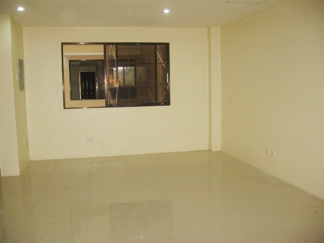apartment-located-in-banawa-cebu-city-2-bedroom