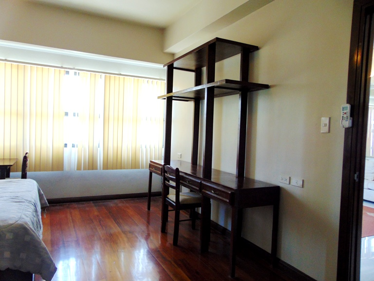 2-bedrooms-condominium-in-cebu-business-park-cebu-city