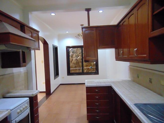 single-detached-house-located-in-banawa-cebu-city