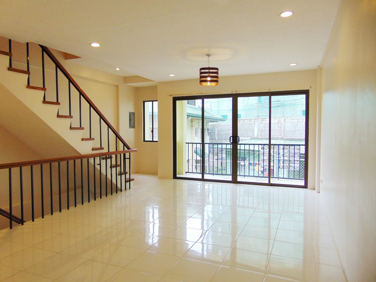 3-bedrooms-apartment-located-in-banawa-cebu-city