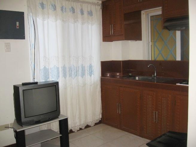 2-bedroom-semi-furnished-apartment-in-banilad-cebu-city