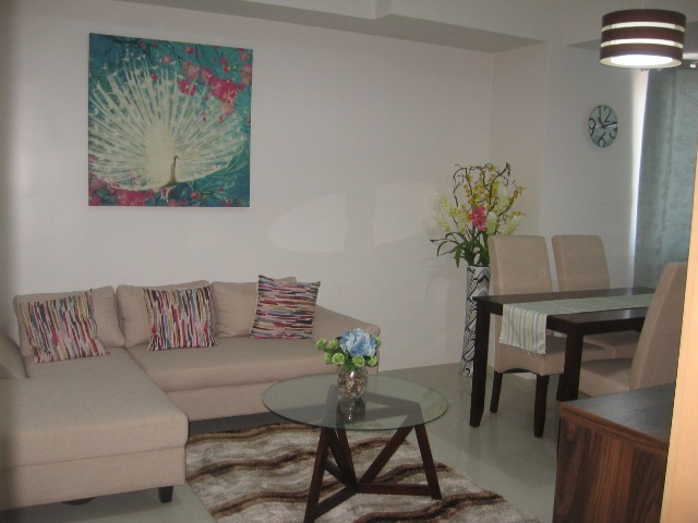 1-Bedroom Furnished Condominium for Rent near Ayala Cebu City 52 Square meters