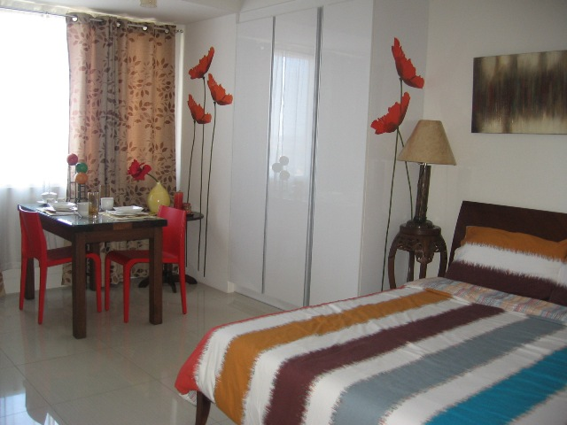 Studio Condominium For Rent in Cebu Business Park Cebu City Furnished Unit