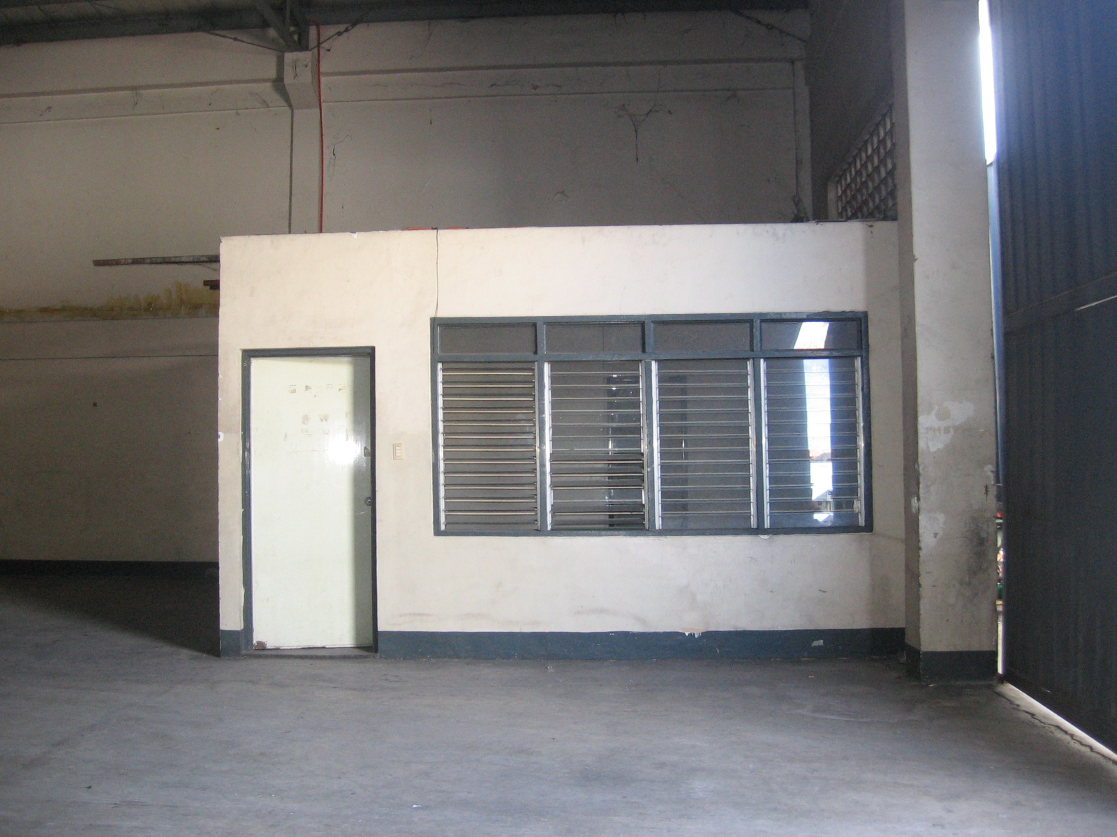 473-square-meters-warehouse-in-banilad-cebu-city