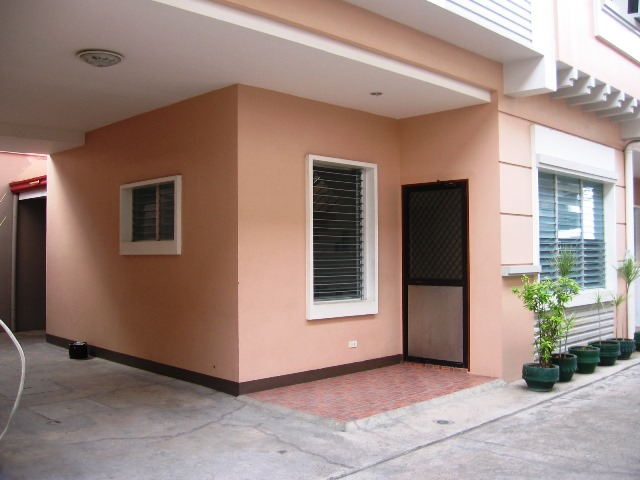 3 Bedrooms Apartment For Rent Semi Furnished In Mabolo Cebu City