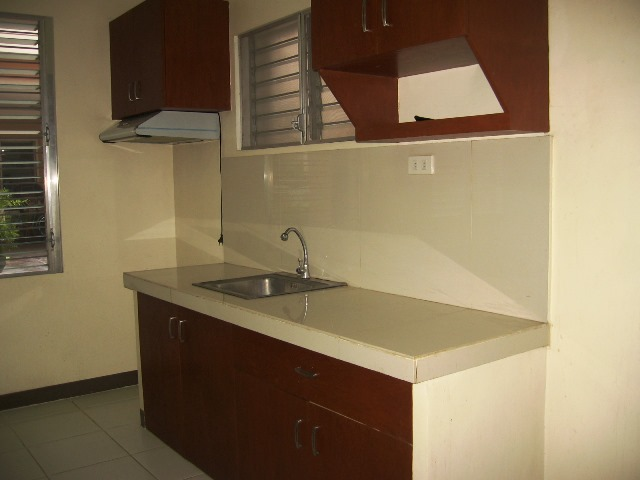 3-bedrooms-apartment-for-rent-semi-furnished-in-mabolo-cebu-city