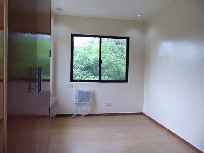 duplex-house-4-bedrooms-located-in-talamban-cebu-city