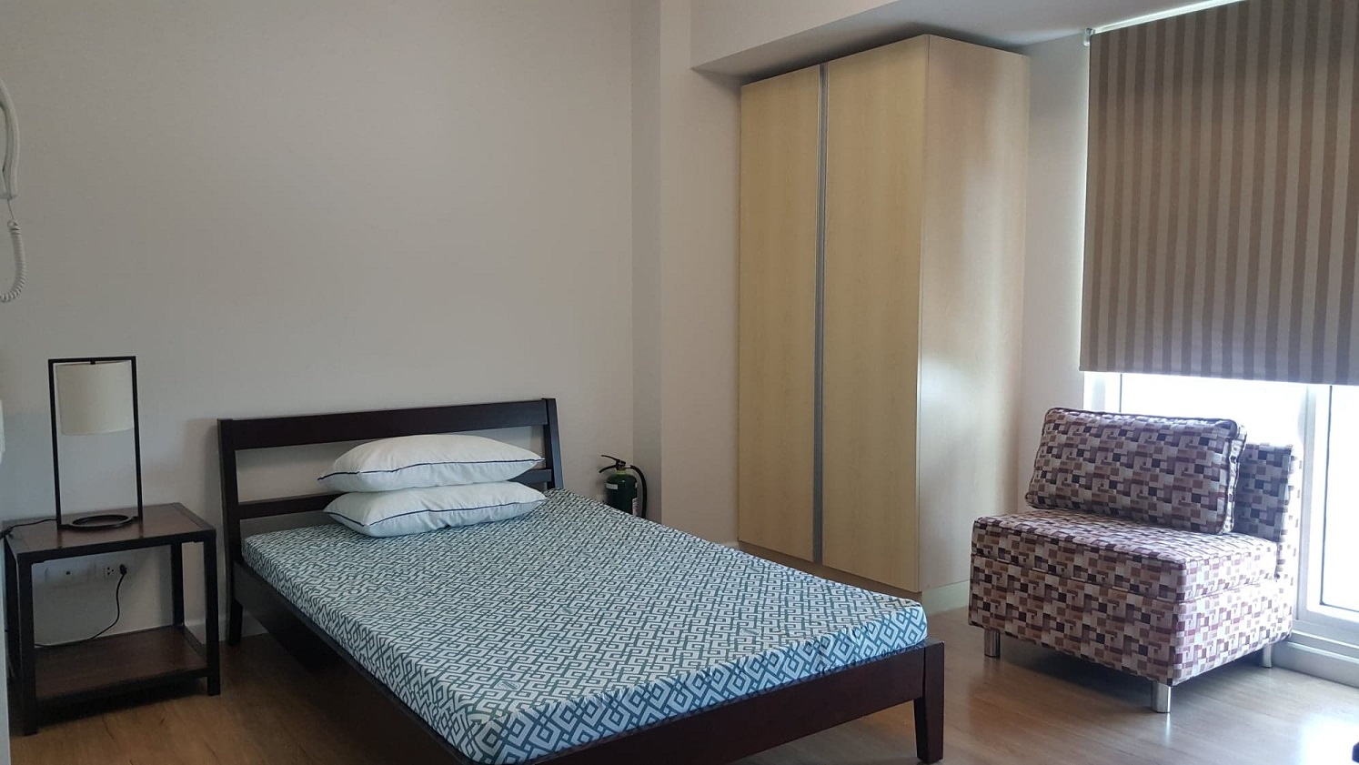 studio-type-condominium-located-near-ayala-mall-business-park-cebu-city
