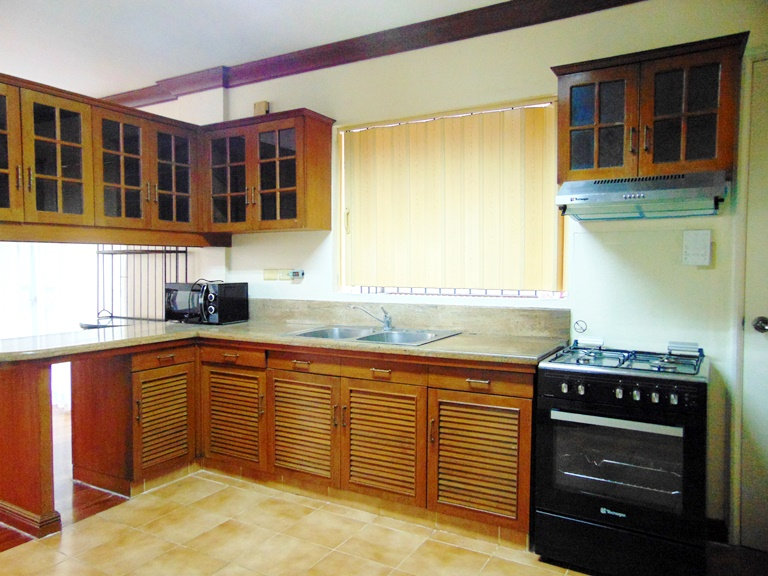 house-for-rent-3-bedrooms-in-banilad-cebu-city