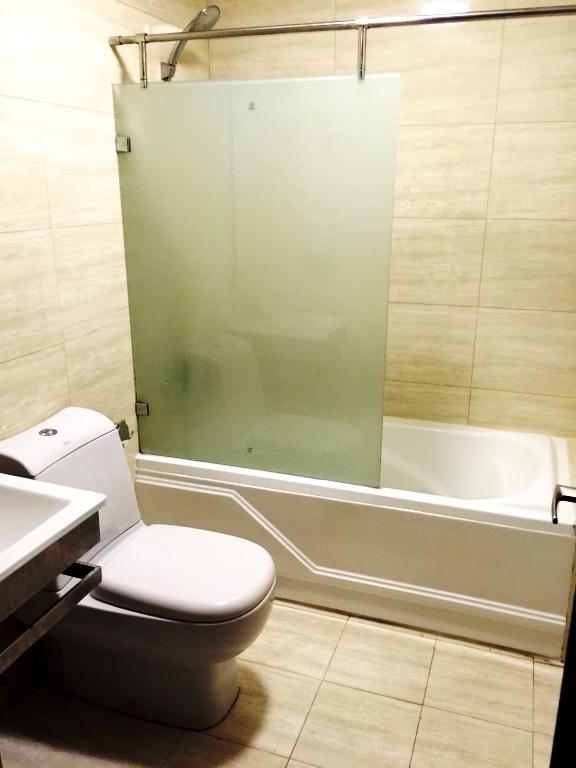 2-bedroom-condominium-for-rent-in-ayala-business-park-cebu